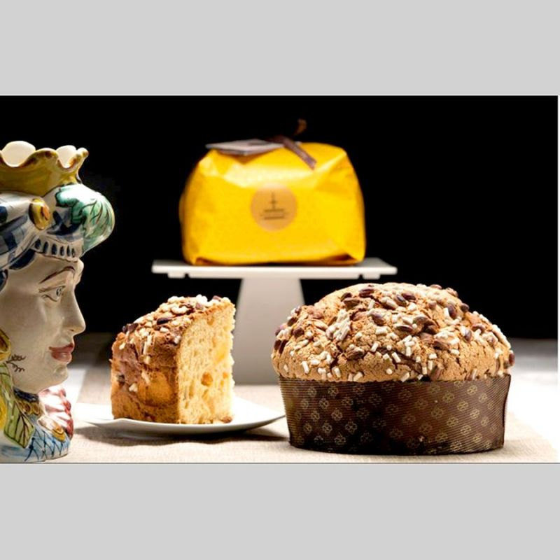 Panettone with candied Ananas and Apricot Fiasconaro