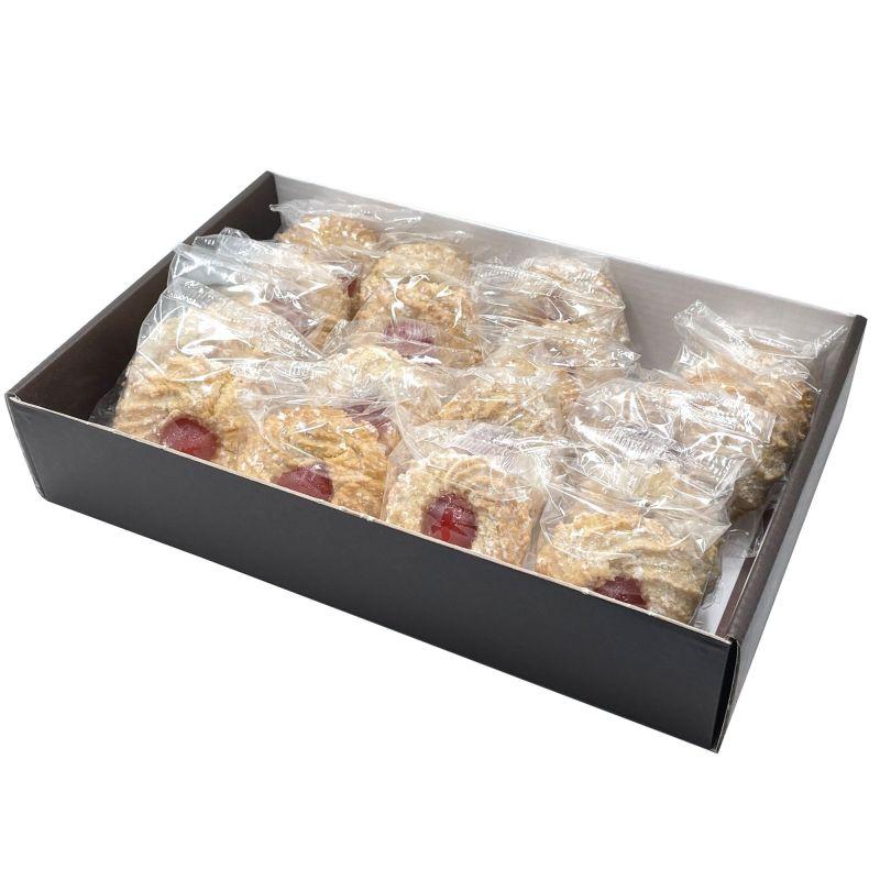 Vassoio di Paste di Mandorla con ciliegia