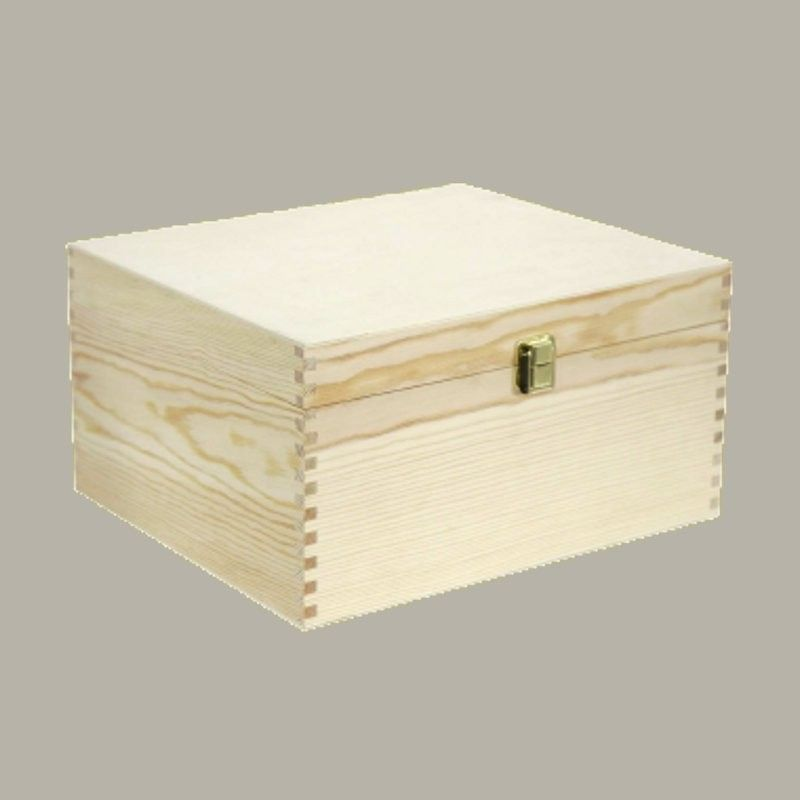 Wooden box for wine